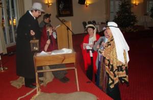"""Krippenspiel """"die graue Maus von Bethlehem, die Weisen an der Krippe"""