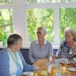 DHB_Ortsverbandsfrauen im Gartenhaus der Domäne Coverden